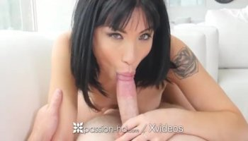 Chick captivates stud with her ramrod riding